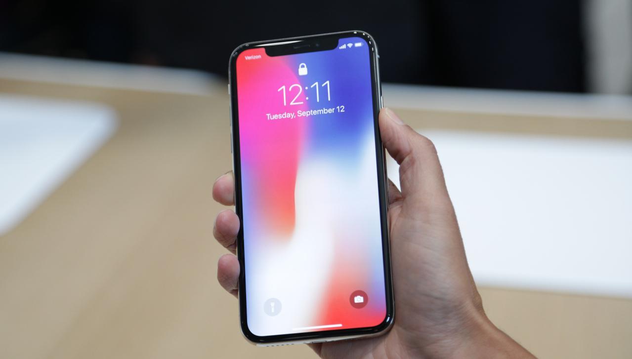 Топ-8 недостатков iPhone X