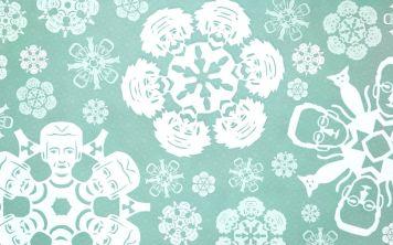 Скачайте эскизы бумажных снежинок в виде известных учёных