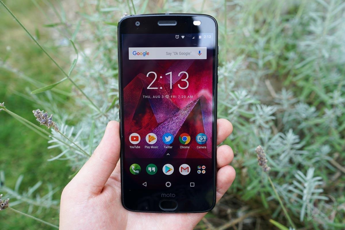 Более сотни сотрудников Motorola устроили самый масштабный дроп-тест смартфонов