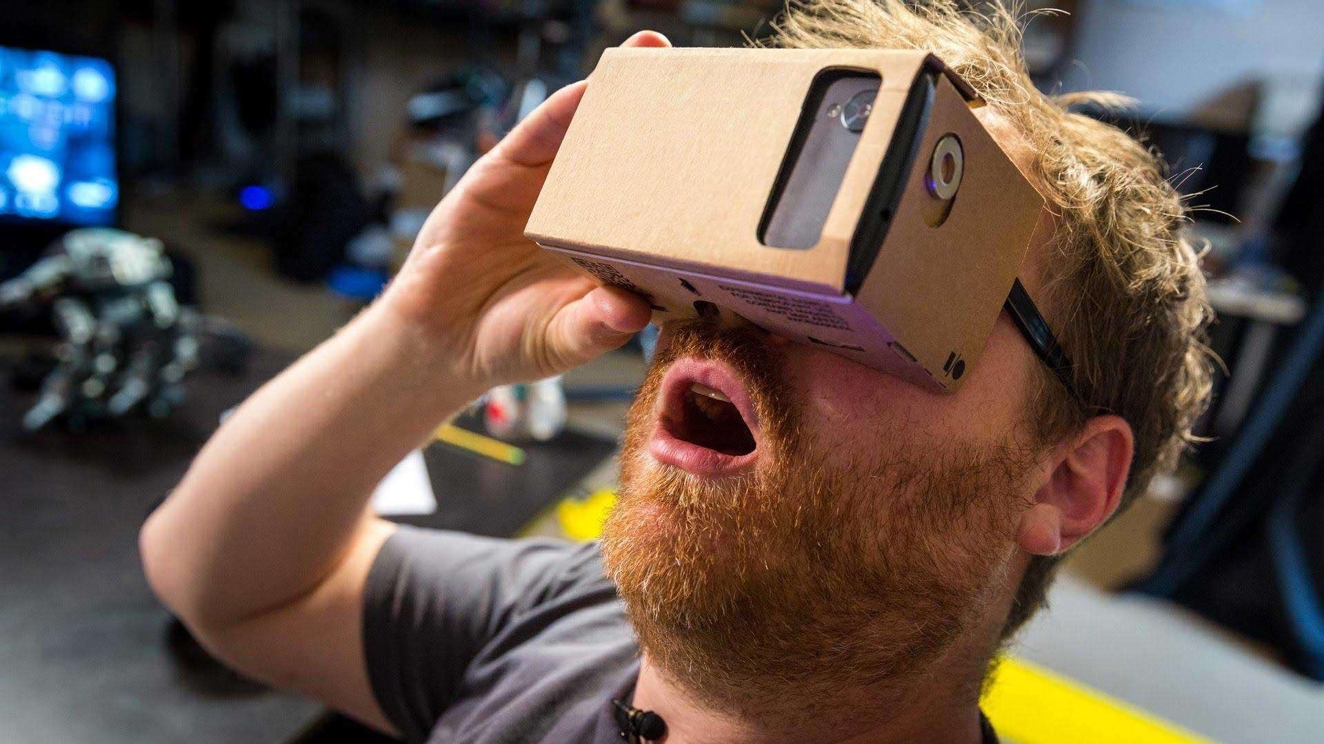 Google Cardboard — экспансия Google на виртуальную реальность