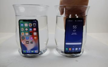 iPhone X против Galaxy S8