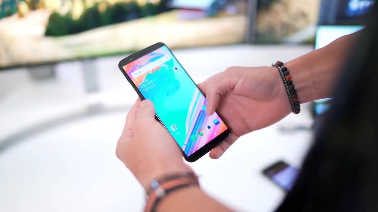 Видеообзор OnePlus 5T