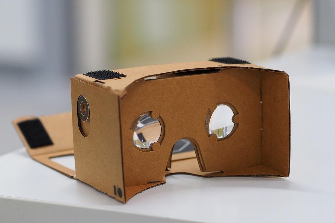 Как ижевский VR-стартап продал картонные очки корпорациям