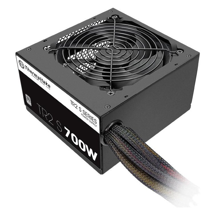 Thermaltake TR2 S 700W 700Вт