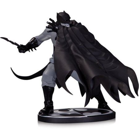 Batman Black & White. Statue By Dave Johnson