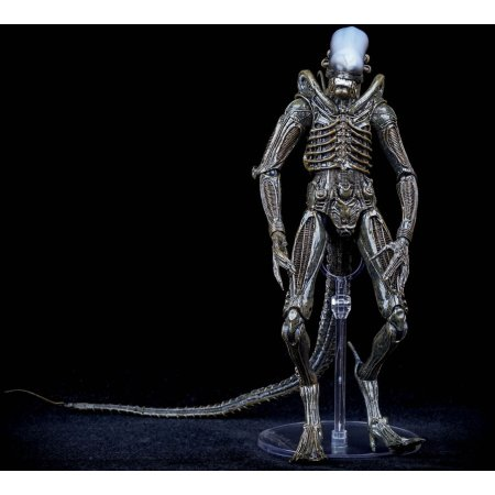 Aliens Series 6 Isolation Xenomorph, Коллекционная