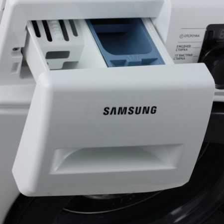 Samsung WF60F1R2E2W